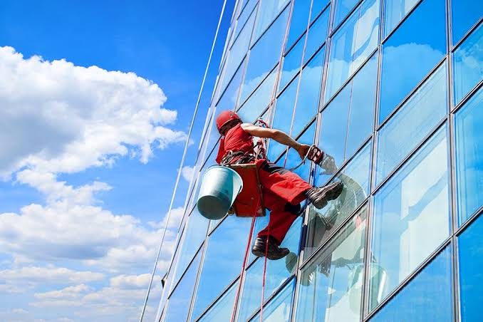 Tips for Cleaning your Office Window
