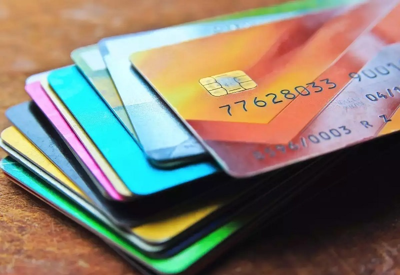 How to use the best credit card debt services to live a debt free life?