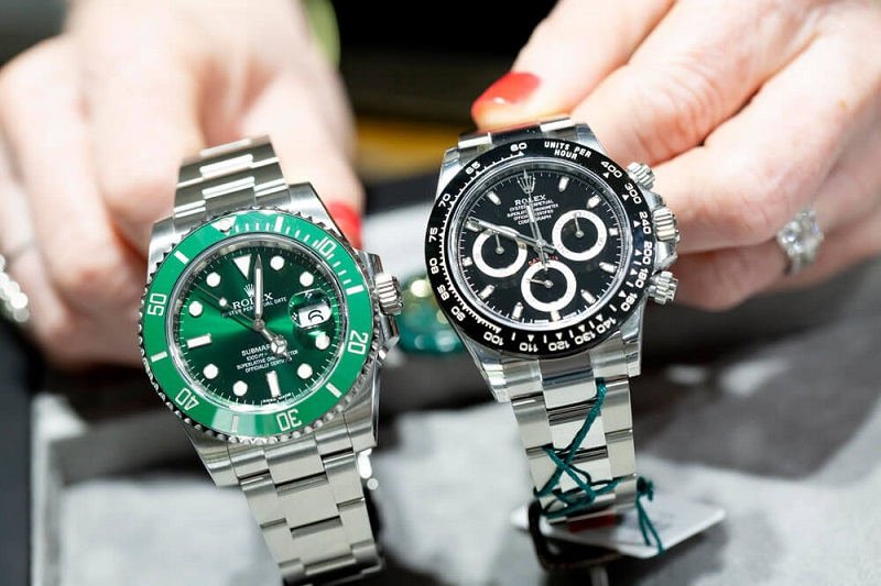 Watch Selling for the Best Money Count