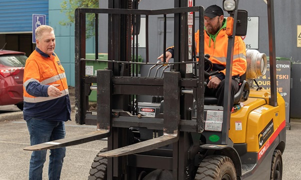 Causes For Getting Forklift Training And Certificate In Perth