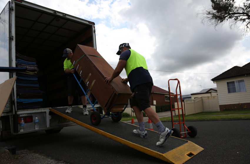 Expert Tips for Choosing a Removals Company
